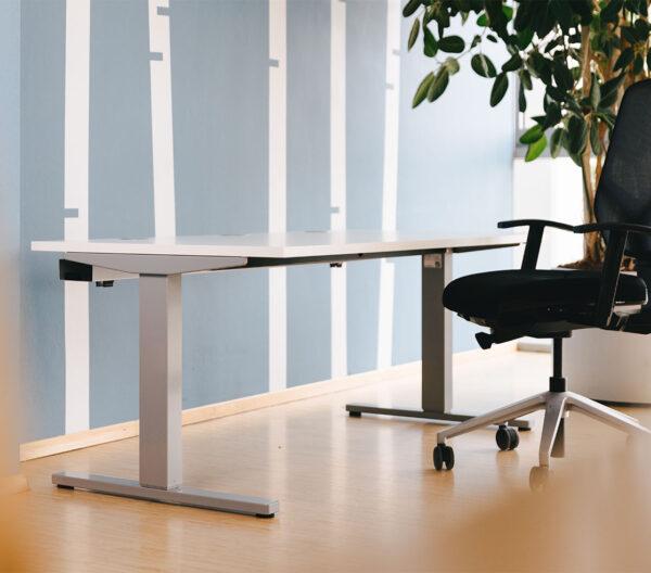 Elektrisch höhenverstellbarer Schreibtisch ECO kühnle'waiko
